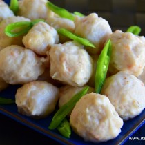 shrimp balls - closeup1